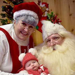 Mr and Mrs Claus_Thumbnail